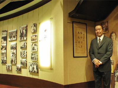 東閔先生特展室3.jpg