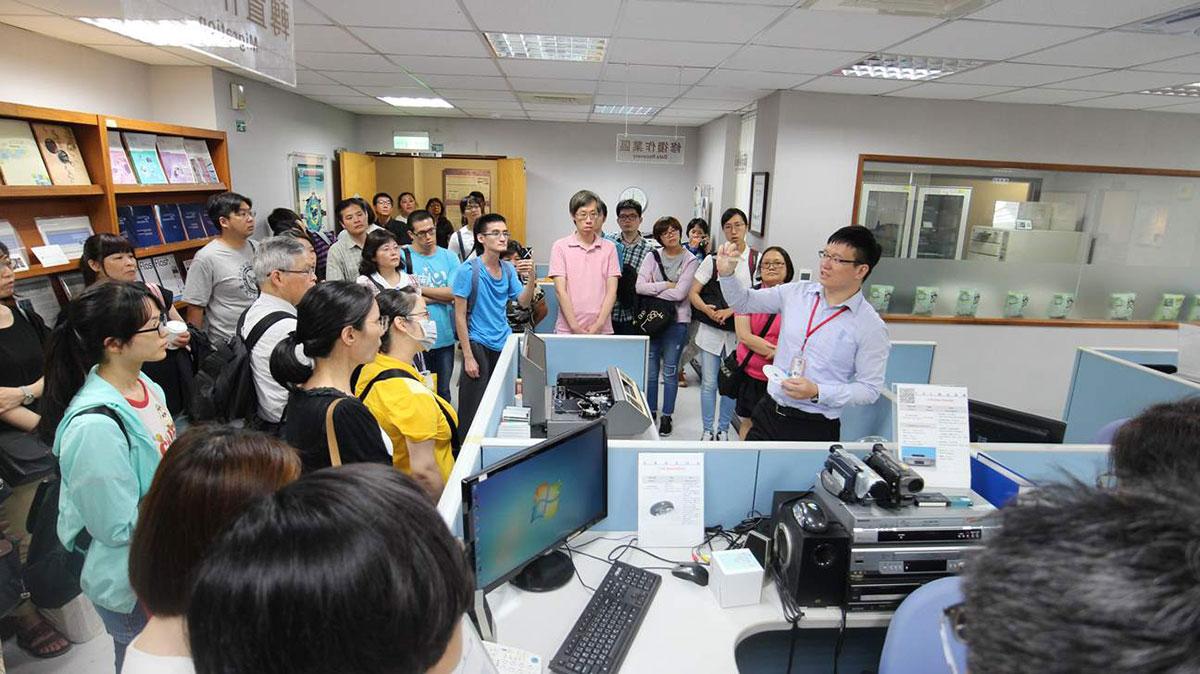 講師介紹電子檔案技術服務