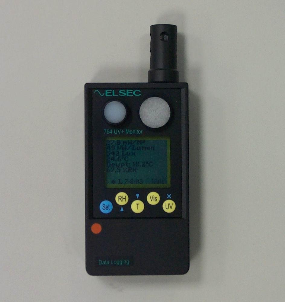 圖4:四合一紫外線測量儀器