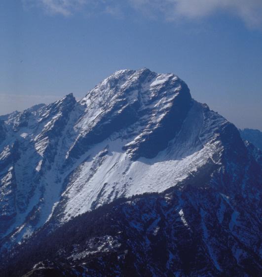 圖10 遠眺玉山主峰
