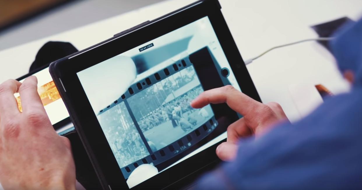圖5 利用手機及平板翻拍膠卷底片