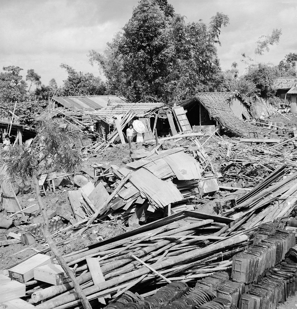圖3 八七水災過後房屋傾倒