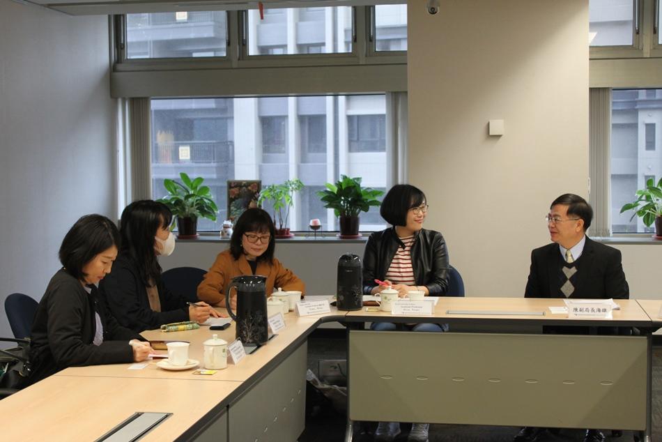 日本京都大學檔案館訪華團到局參訪