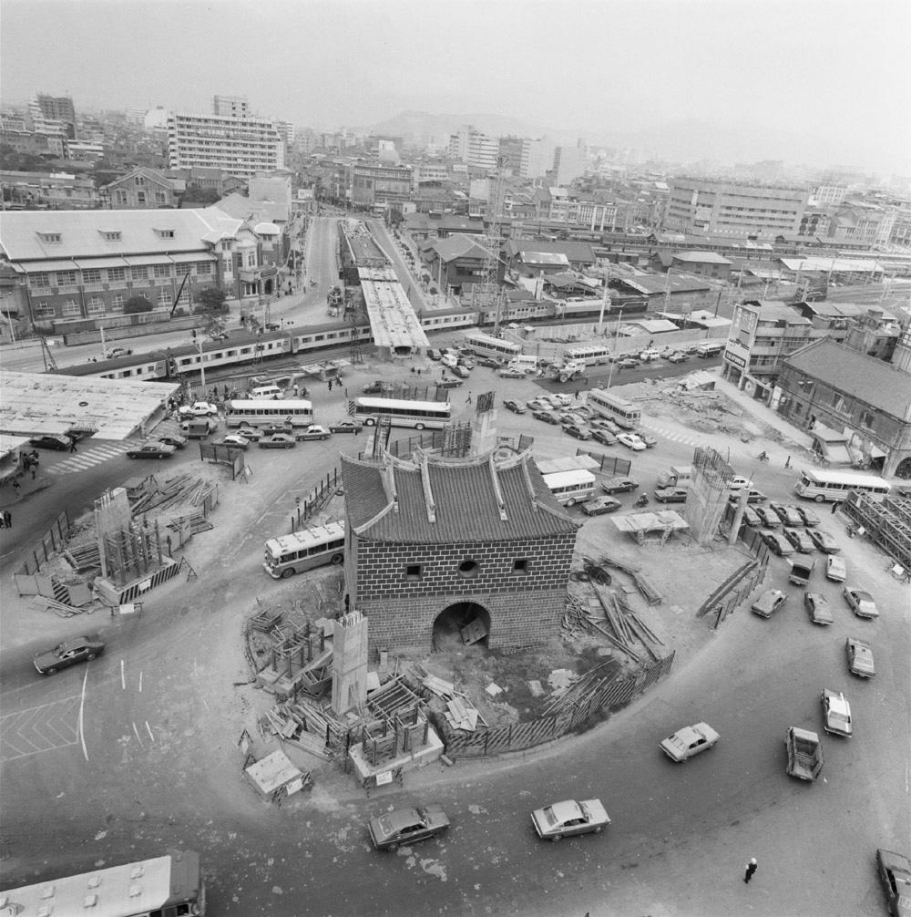 圖9 北門高架興建工程